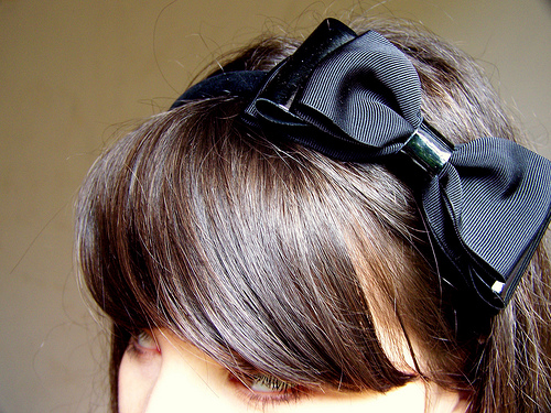 Viktor&Rolf bow
