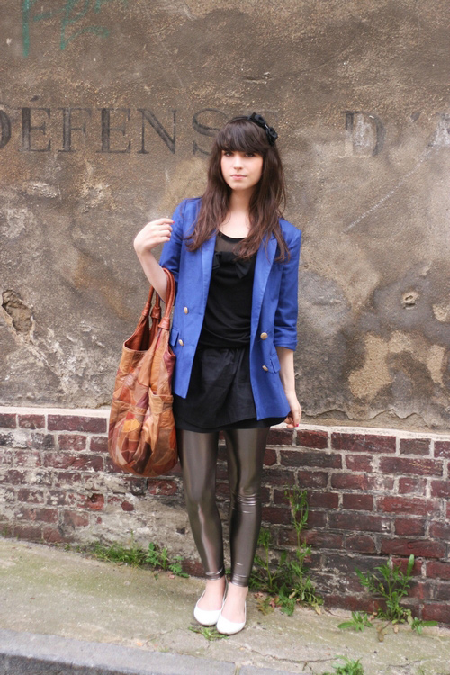 http://www.leblogdebetty.com/wp-content/uploads/2009/05/legging-urban-outfitters.jpg